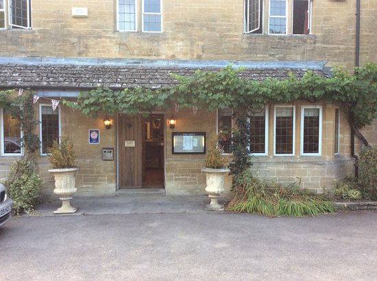 Little Bourton, UK: Hotel exterior