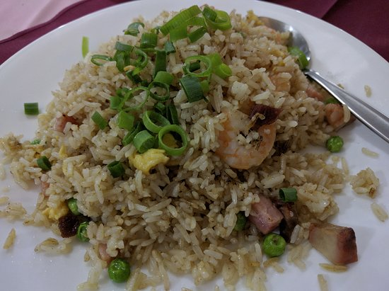 Caloundra, أستراليا: Even the fried rice has real prawns in it. Very tasty.