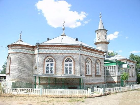 Starokucherganovka Mosque
