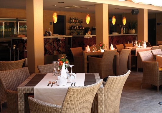 Cala Vinyes, Spanyol: Restaurant