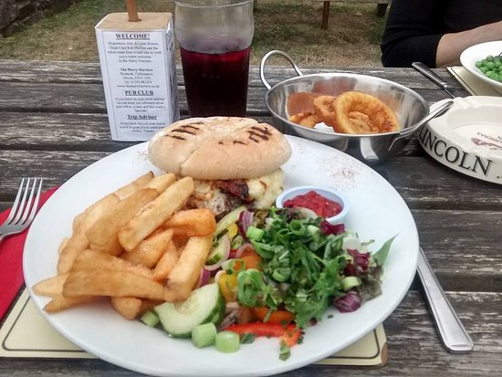 Cullompton, UK: The Griddled Burger was even better with added bacon