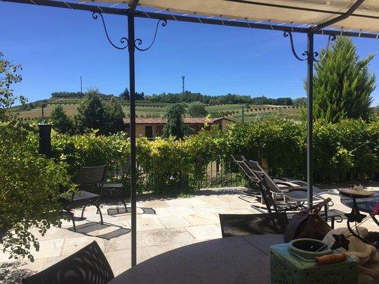 Montegrosso d'Asti, Italy: terrasse