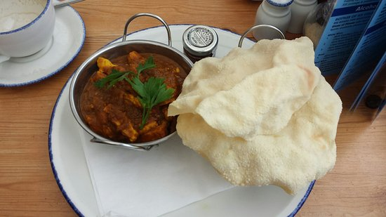Gurnard, UK: Here is the best curry in the world.
