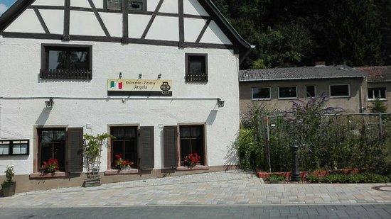 Seeheim-Jugenheim, Germany: Ristorante Pizzeria Angela zum Rebstock