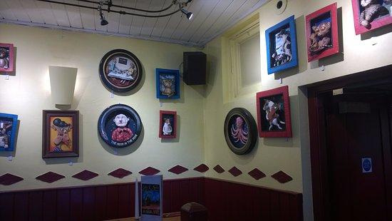 Cafe des Amis: Interior
