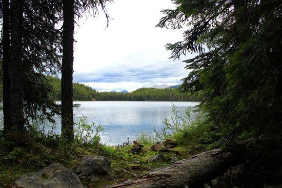 Lorraine Lake Trail