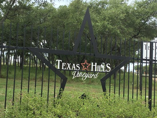 Texas Hills Vineyards