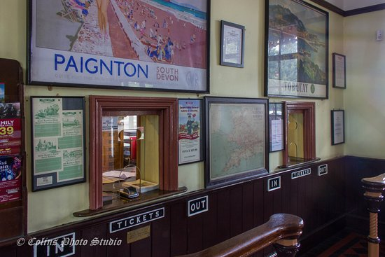 Ticket Office - Picture of Severn Valley Railway