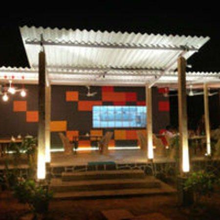 NH 66 Garden Restaurant