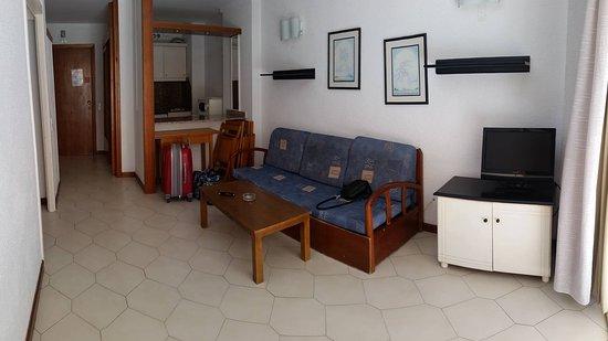 Apartamentos Novelty: Salotto/cucinino appartamento