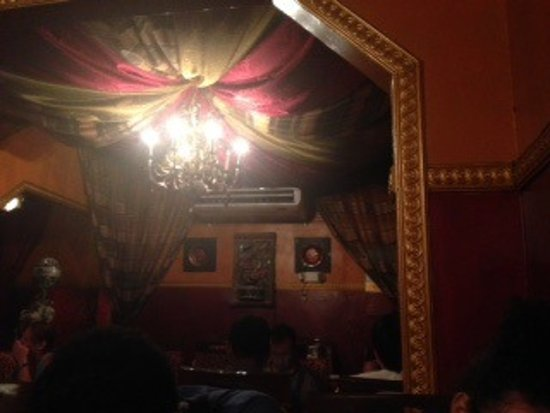 Palki Restaurant: draped ceiling sets the tone for this authentic Indian cuisine
