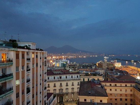 vista dalla terrazza sul Golfo di Napoli - Picture of Renaissance ...