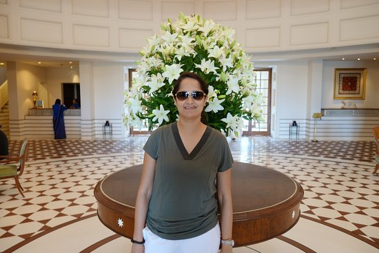 The Oberoi Amarvilas: Lobby area
