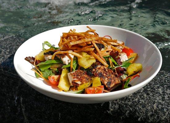 Sterling, Virginie : Jerk Chicken Salad