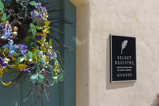 The Inn at 400 West High: a Select Registry Member