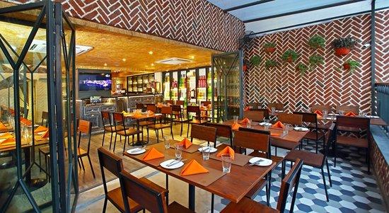 Smokey S Bbq And Grill New Delhi Restaurant Reviews Phone Number Photos Tripadvisor