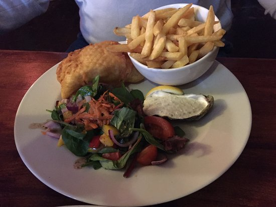 Carrigaholt, Irland: fish and chips