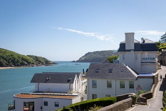 Salcombe Harbour Hotel & Spa: Salcombe Harbour Hotel boasts a fantastic position overlooking Salcombe estuary