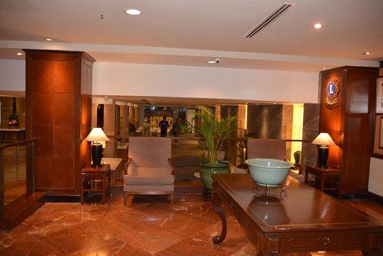 Federal Hotel : lobby