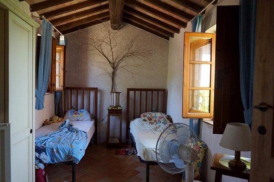 Antico Borgo di Tignano: L'Ulivo: slaapkamer 02