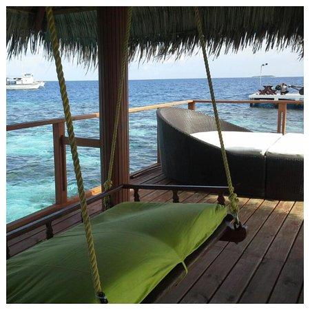 Eriyadu Island Resort: Sitting area at the jetty