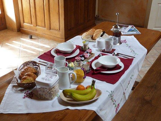 Lot-et-Garonne, Francia: Petit dejeuner