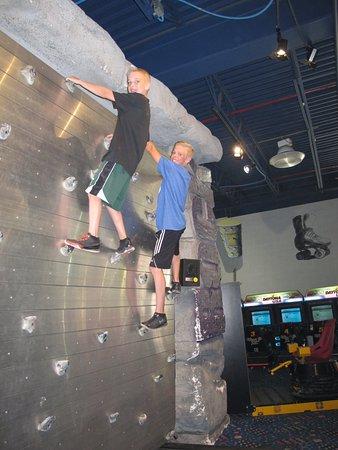 Carlisle, PA: Moving climbing wall