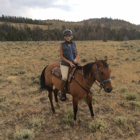 Bitterroot Ranch : Riding Honey, another great horse.