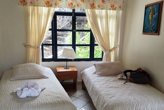 Hotel Fiesta: small separate room in bungalow