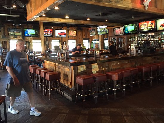 Woodbury, MN: Indoor Bar
