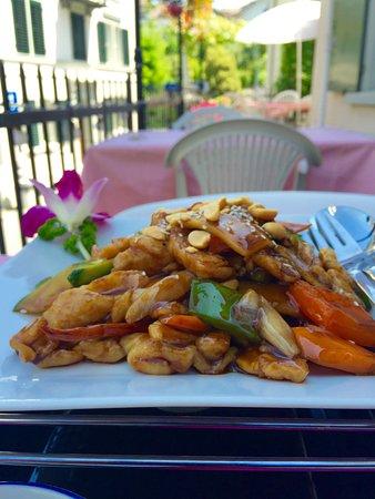 Lee's Garden Rest. Horgen: Chicken with Cashew Nuts