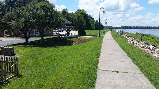 New Haven, Μιζούρι: River Walk