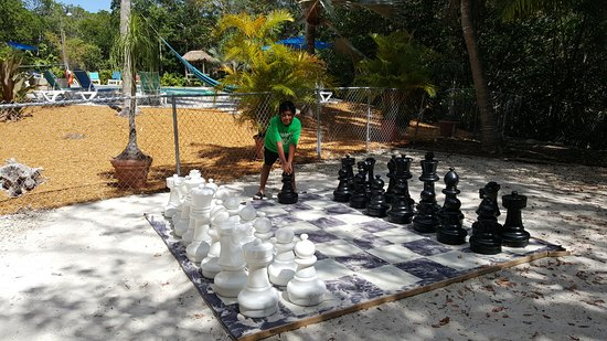 Coconut Mallory Resort And Marina: Big ground chess game