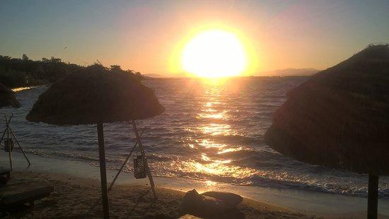 Glyfada, Grecja: Sunset from Balux beach