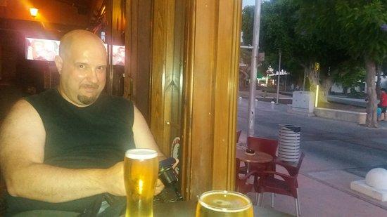 George and Dragon Pub: 20160819_194848_large.jpg