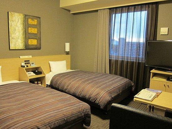 Hotel Route-inn Ebina Ekimae