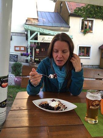 Bozi Dar, República Checa: Gute Küche. Aufmerksame Bedienung. Hier Urlaub zu enpfehlen