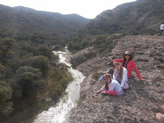 Cerro Colorado, Аргентина: desfiladero
