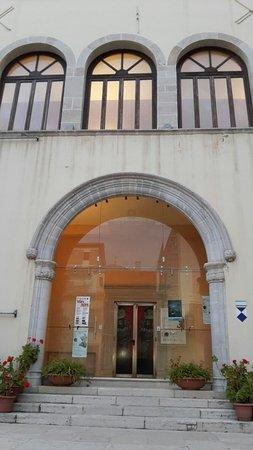 Museo Archeologico Nazionale della Basilicata Dinu Adamesteanu: 20160819_194646_large.jpg