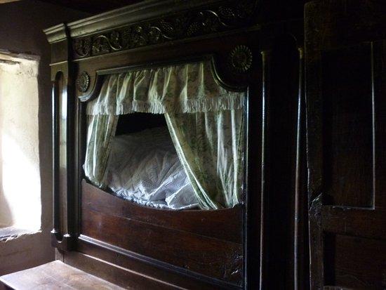 Commana, Frankrijk: Le lit armoire