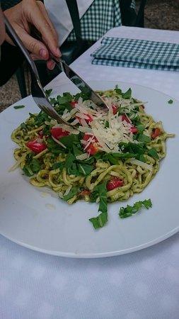 Molina di Faggeto Lario, Italia: Simples mais succulentes pâtes !