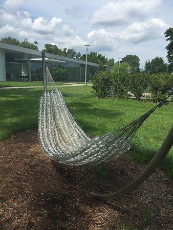 Toledo, OH: Glass bulb hammock