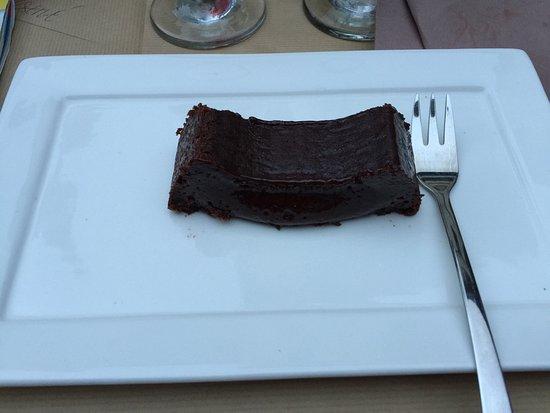 Saint-Antonin Noble Val, Frankrike: Excellente quiche et fondant au chocolat qui vaut le détour !