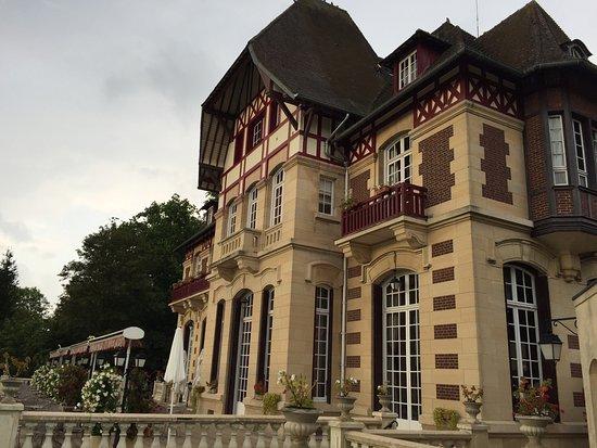 Gouvieux, France : photo1.jpg