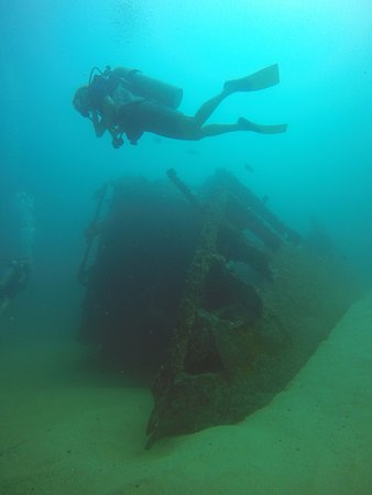 Los Cabos Deep Blue: Cargo ship Lundenberg sank off the coast of Cabo San Lucas in 1954