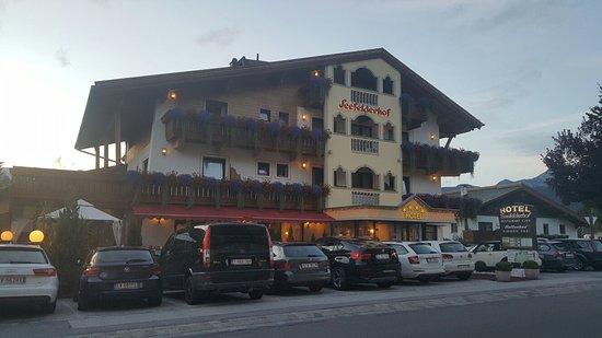 Hotel Seefelderhof: 20160811_202516_large.jpg