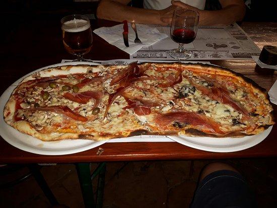 Vitorchiano, Italia: Ottima pizza e .........Martina è una forza della natura !!!!!!