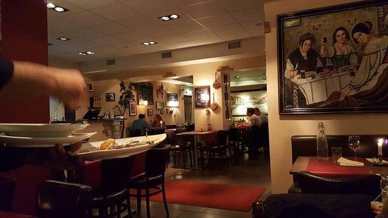 Skovde, Sweden: Mamma Mia ristorante & bar