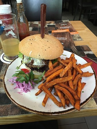 Craft Burger and Bier: photo0.jpg