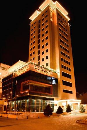 Ozgobek Ronesans Hotel De Luxe